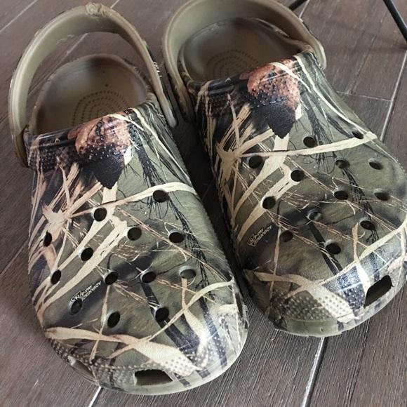 ffe4a777efe9a CROCS Other - 🍃🍂Camo Crocs!!🍂🍃 Size: Men:7